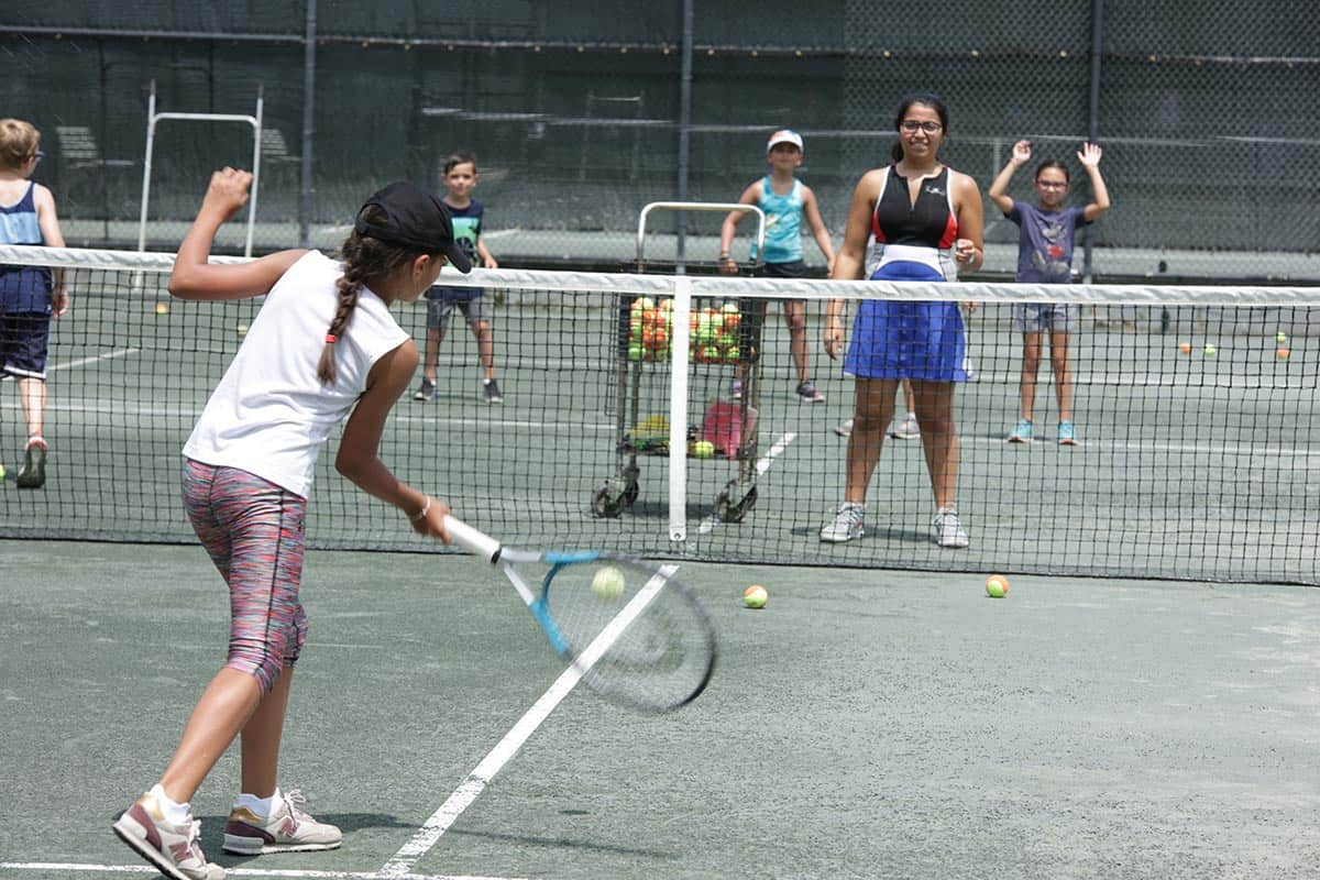 kids tennis classes outdoor summer